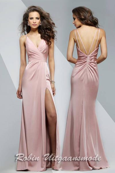 f20a1431d30eb5 Oud roze trouwjurken in luxe tricot stof met mooie split op linker been